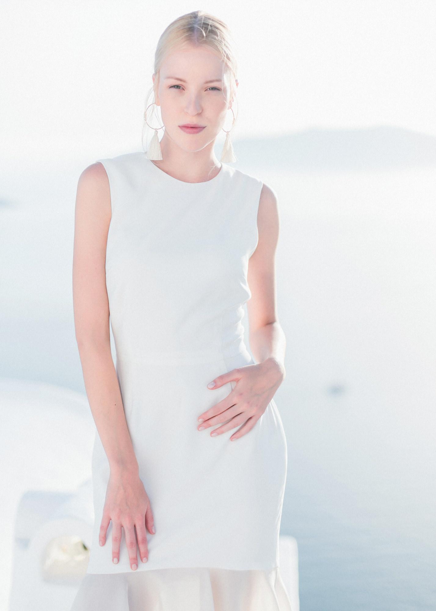 49-portrait-santorini-wedding-photographer-greece-b-v