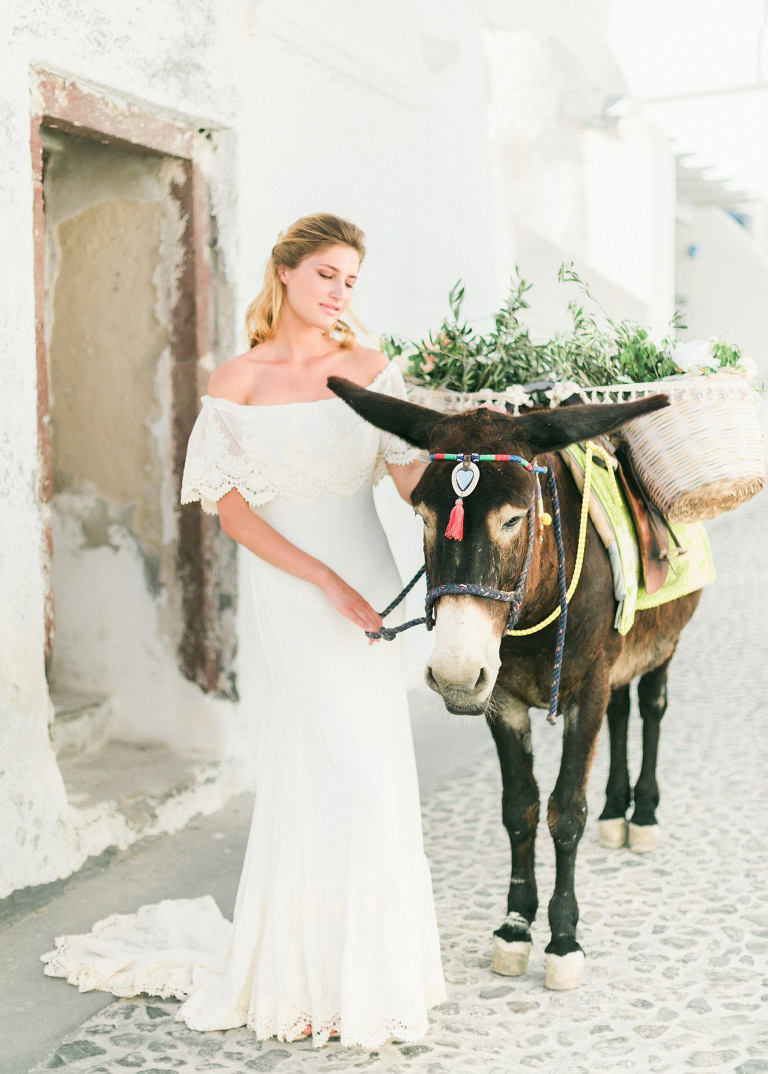 01-portrait2-santorini-wedding-photographer-greece-b-v