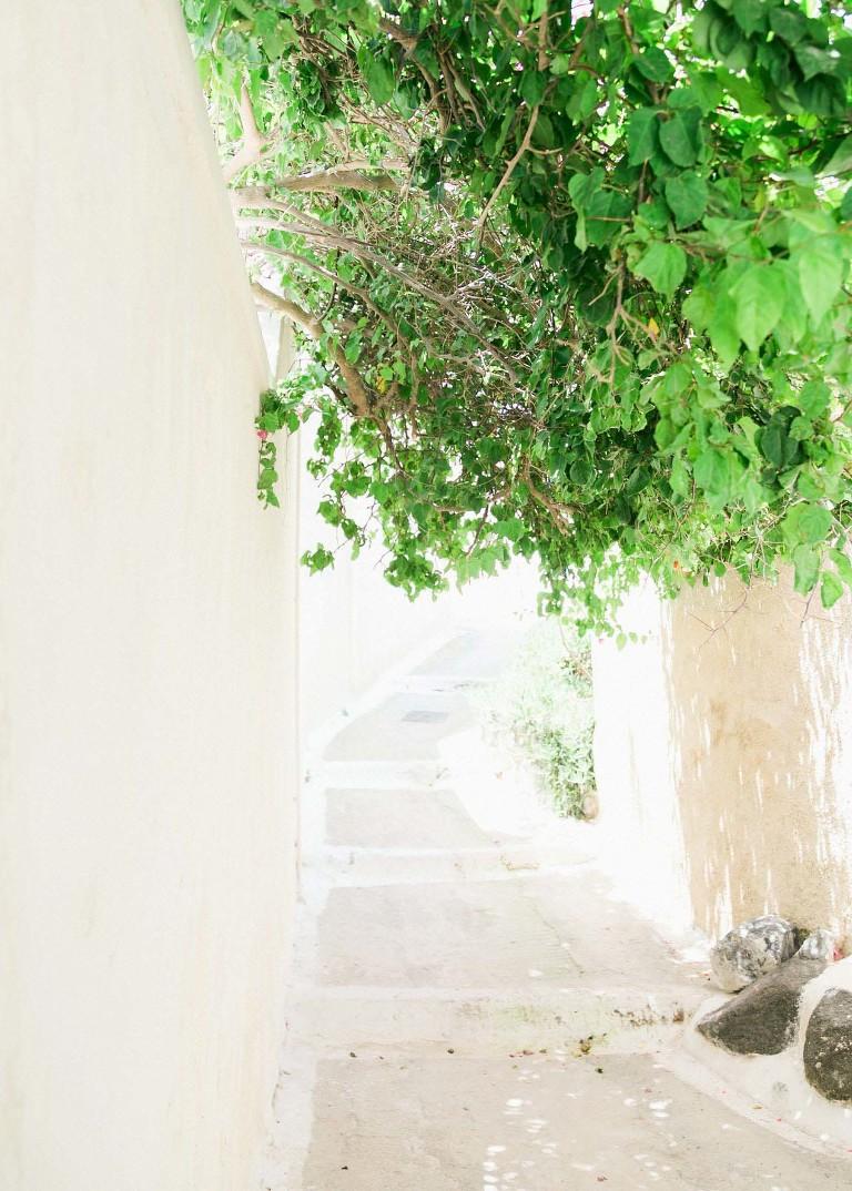 06-portrait2-santorini-wedding-photographer-greece-b-v