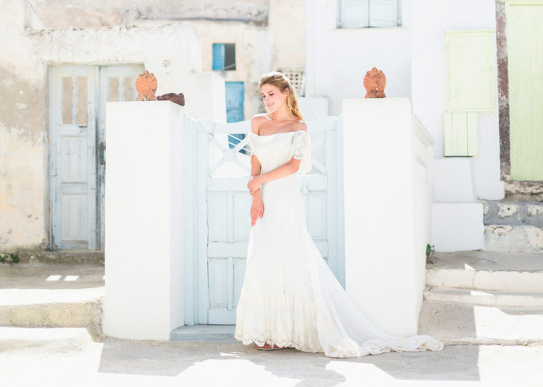 21-portrait2-santorini-wedding-photographer-greece-b-v
