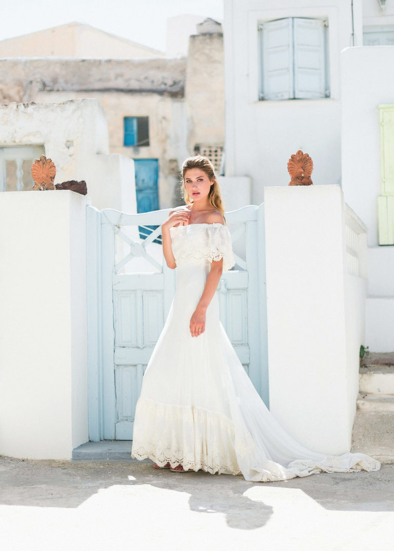 22-portrait2-santorini-wedding-photographer-greece-b-v