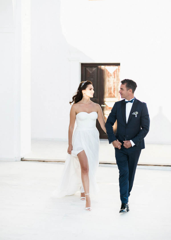 61-santorini-wedding-photographer-greece-b-ii