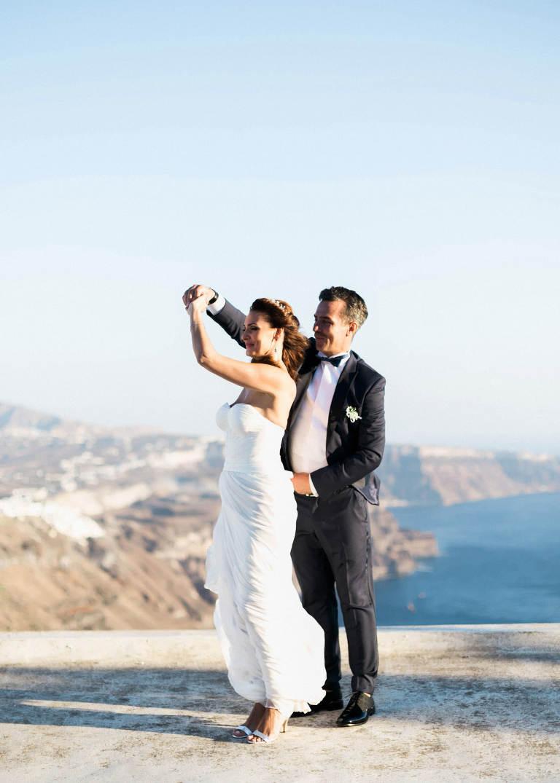 66-santorini-wedding-photographer-greece-b-ii