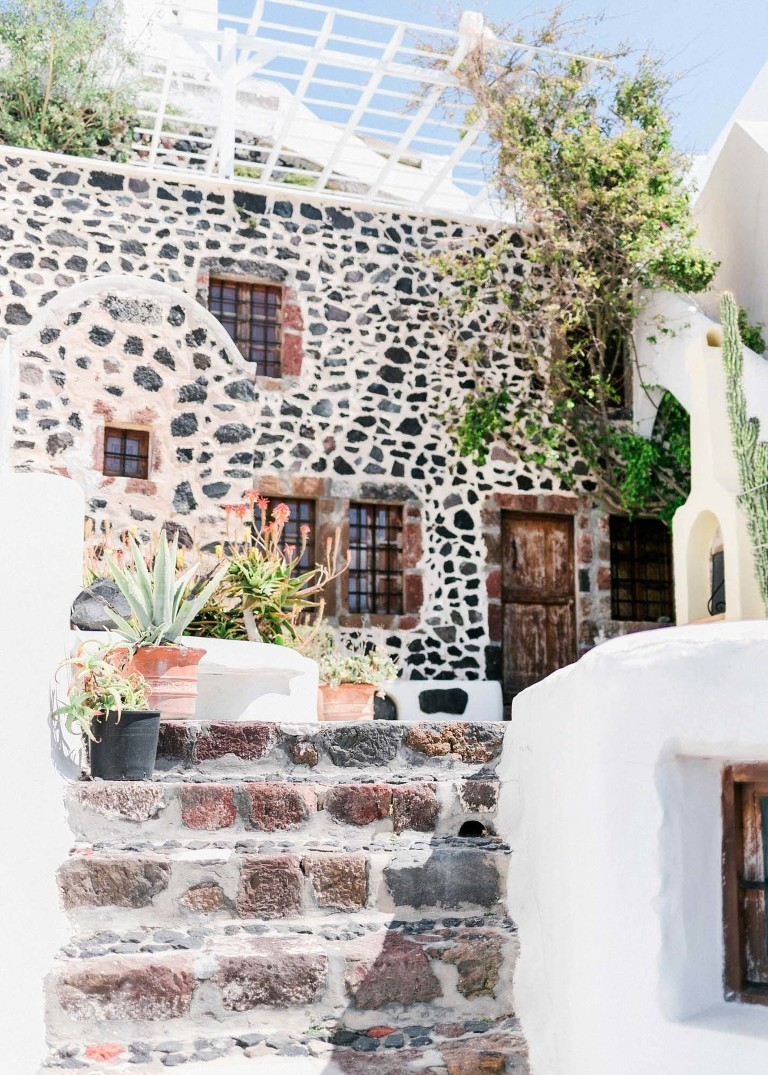 26-santorini-wedding-photographer-greece-b-sv