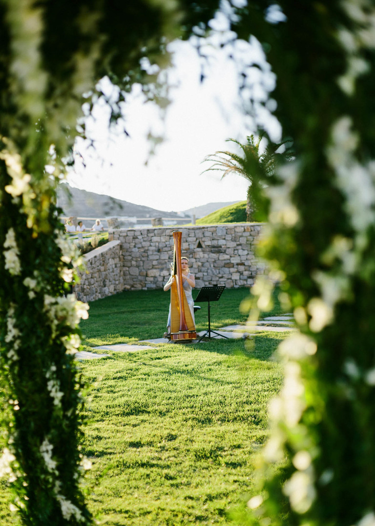 61-mykonos-wedding-photographer-greece-gj